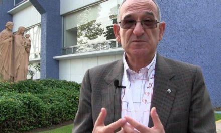 Álvaro Ginel: Charlas a padres con hijos en Primera Comunión